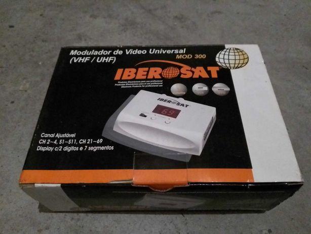 Modulador de Vídeo Universal VHF/UHF Iberosat MOD 300 - 100% Novo