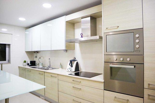 Apartamento T3-  em zona privilegiada, no centro da cidade de Aveiro!!