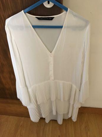 Blusa Zara com folhos