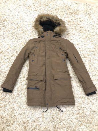 Парка / мужская длинная куртка Bershka М