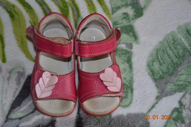 sandały skórzane dla dziewczynki roz 20