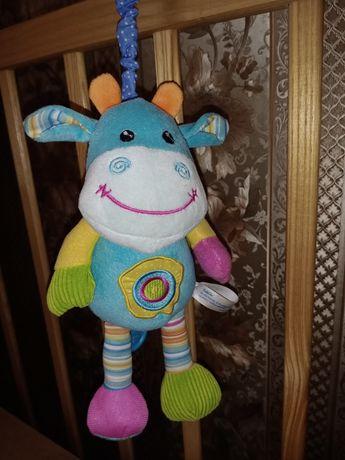 """Мягкая подвесная игрушка BabyOno """"Веселая коровка"""""""
