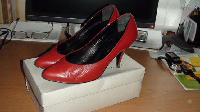 Туфли женские кожаные, р. 37, Германия, классика высокое качество