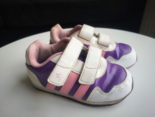 Adidasy dla dzieczynki r. 24 dł wkł. 15,2