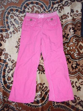 Штани для дівчинки на 5-6 років