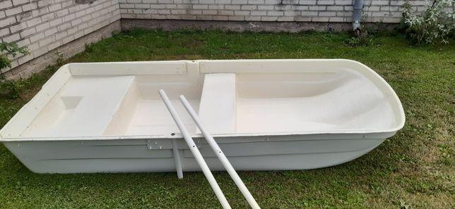 Łódka wędkarska płaskodenna