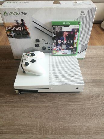 Xbox One S 500 GB + PAD+ FIFA 21