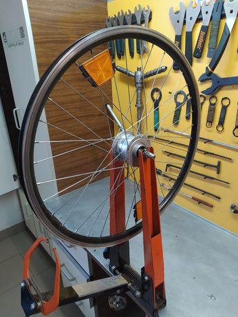Переднє колесо з динамовтулкою. 26 .