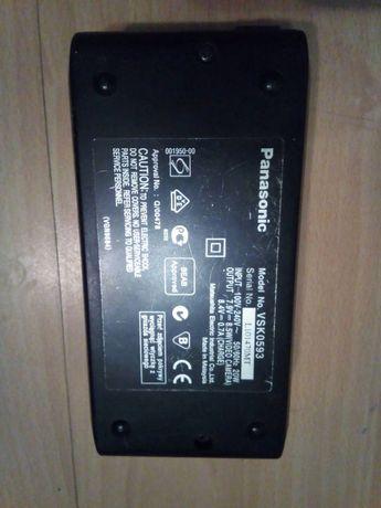 зарядное ,блок питания ,аккумулятор\для видеокамеры Panasonic\