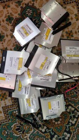 DVD привод для ноутбука IDE