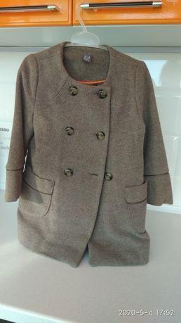Пальто Zara.    .