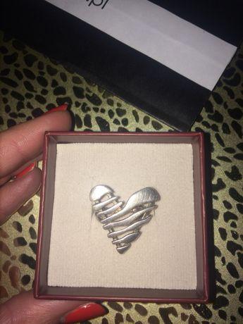 Серебряное кольцо серебро 925 розмір 17