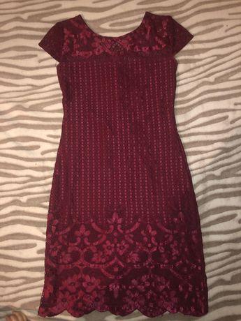Кружевные платье