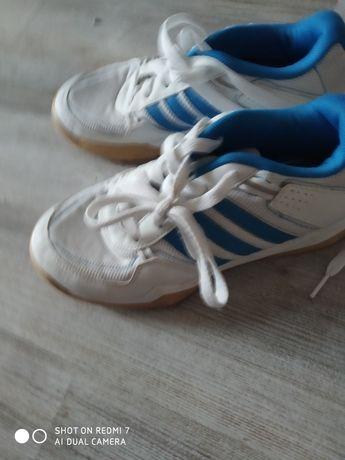 Buty Adidas dla chłopca