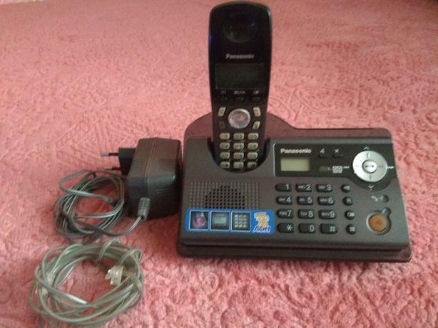 Беспроводной цифровой телефон Panasonik KX-TCD246UA с автоответчиком
