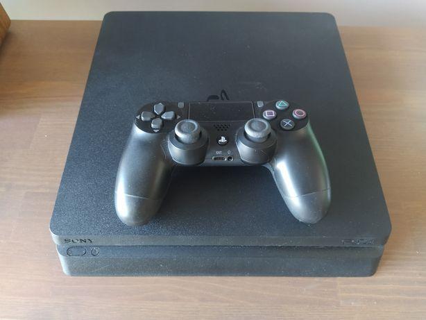 PlayStation PS 4 Slim 500GB + PAD