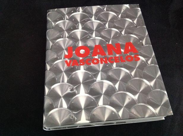 Livro Joana Vasconcelos novo, capa rígida