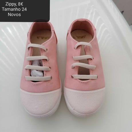 Sandálias e sapatos Menina