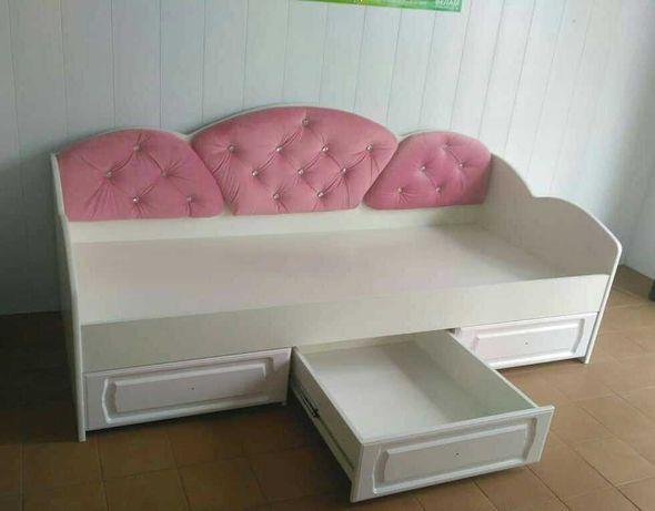 Кровать детская/ подростковая с мягкой оббивкой . Николаев.