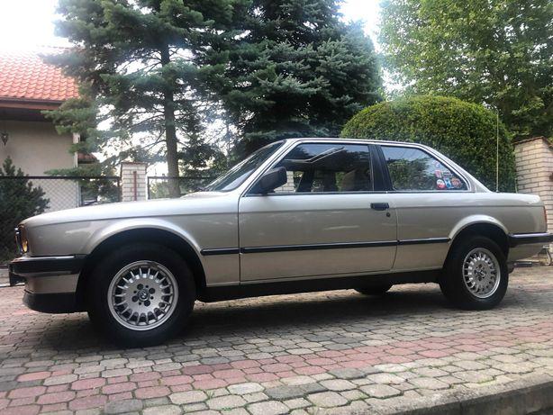 BMW E30, 318i, 1,8, szyber d. automat, zabytek-sprowadzona z Berlina .