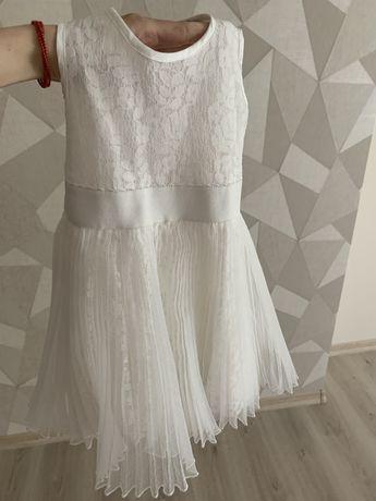 Платье на девочку 2 года 92 см Monnalisa( плаття нарядне біле)