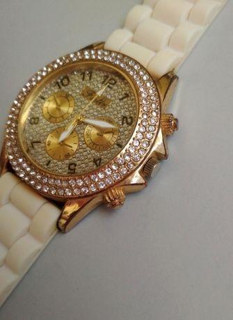 Наручные женские часы Fioter (рабочие)