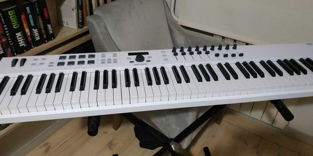 MIDI-клавіатура Arturia KeyLab Essential 88