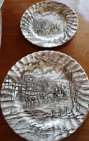 """2 Pratos"""" Royal Mail"""" gravados à mão, made in England, para Decoração"""