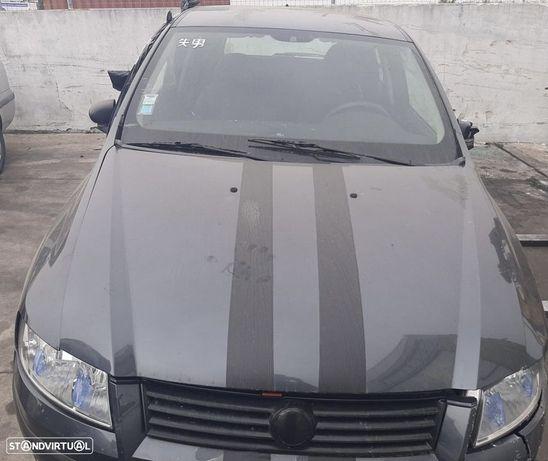 Fiat Stilo 80 16V 1.2i de 2004 disponível para peças
