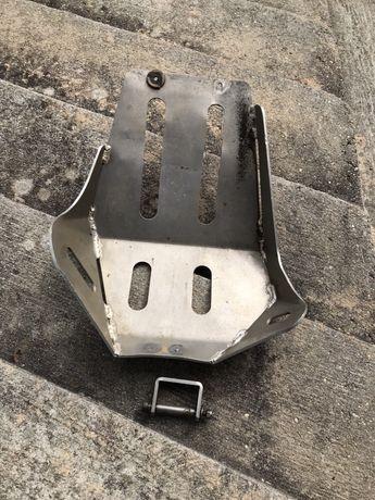 Proteção de cárter em alumínio para Yamaha TT600R TTR600