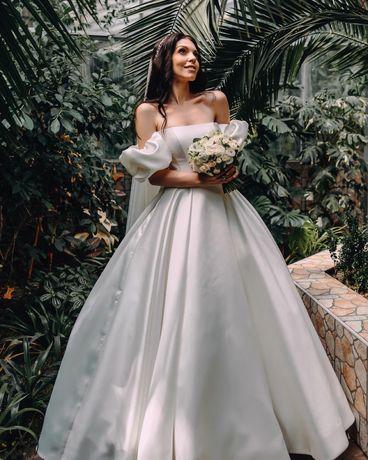 Весільна сукня бренду Crystal