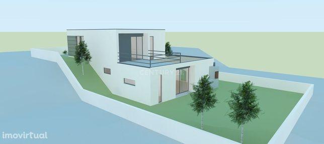 Projecto de construção de moradia isolada nas Praias do Sado