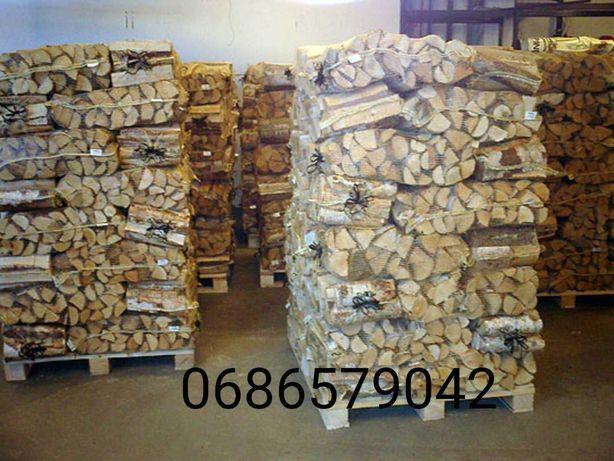 Продаю дрова из твердых пород дерева. Дуб,граб,акация,ясень.