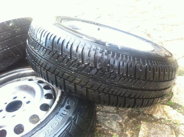 3 Jantes e pneus 13 ideal para atrelado...