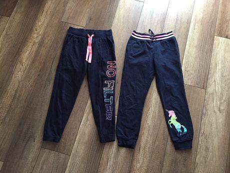 Spodnie dresowe 128