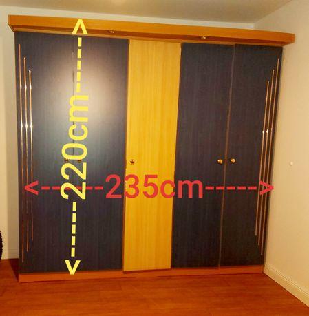 Duża szafa -3 drzwiowa- okazyjnie