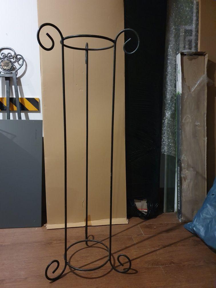 Stojak, postument pod lampę, doniczka, kuty, stalowy