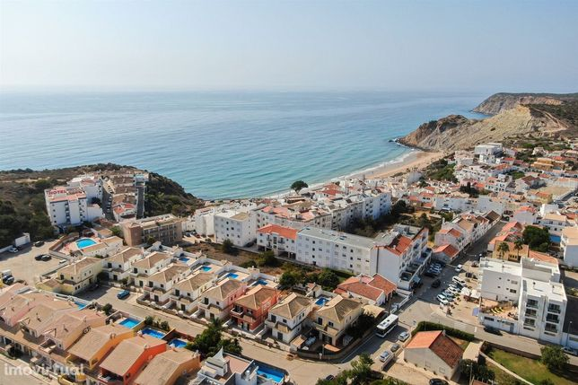 Apartamento T2 de luxo com piscina, Burgau, Lagos, Algarve