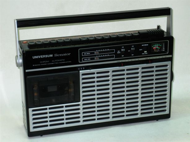Universum Senator CTR-2370 - radiomagnetofon z lat 80, sprawny