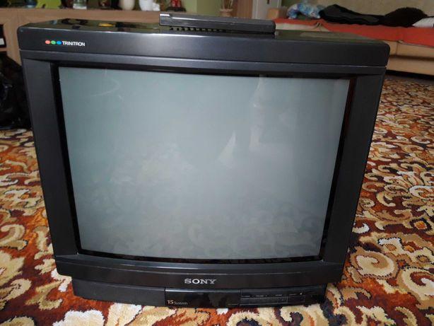 Telewizor Sony KV 2184MT z pilotem. Działający od I właściciela.