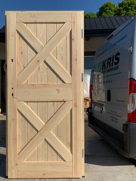 Drzwi drewniane zewnętrzne ocieplane wiejskie