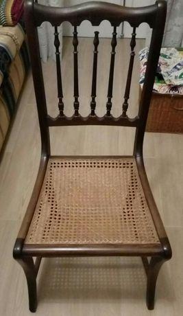 Cadeira em mognoe palhinha