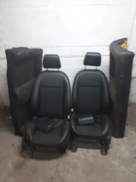 Fotele skórzane Focus 2 Cabrio