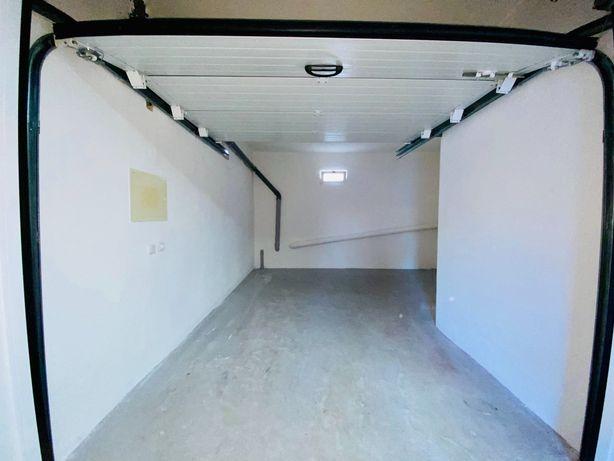 Garagem - Vale do Cobro