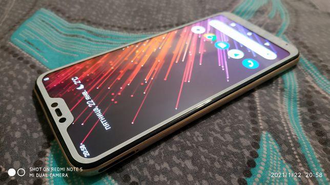 Xiaomi mi A2 lite 4/64gb.