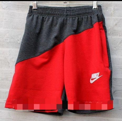 Шорты на подростка Nike