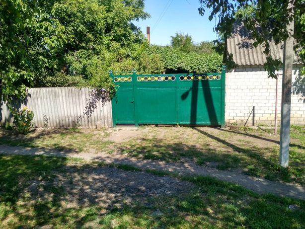 Кирпичный дом в Тарановке Змиевского р-на