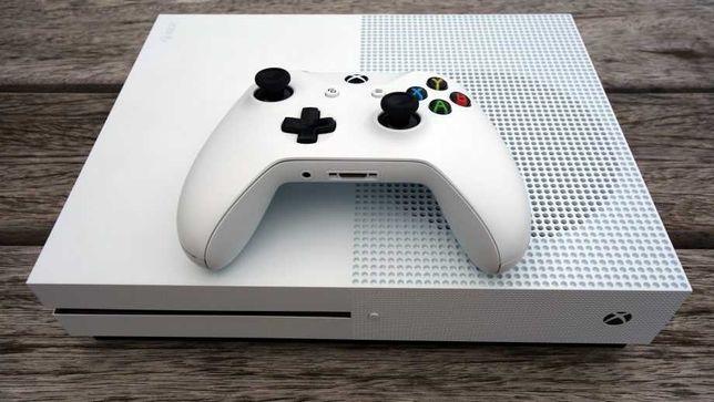 Xbox One s 500 Ідеальний стан Підписка на рік 350 ігор, GTA 5