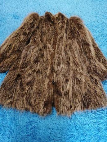 Продам натуральную шубу из меха волка. Хороший торг!