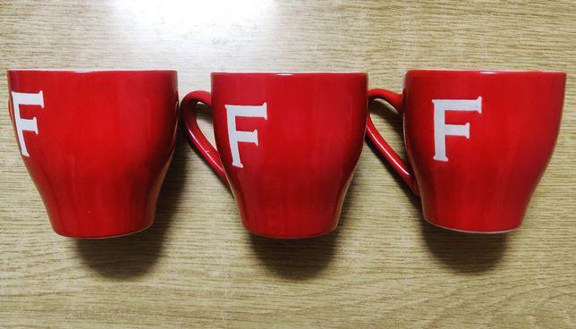 Три чашки для эспрессо